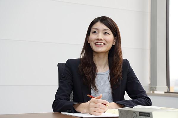 弁護士インタビュー(女性弁護士:中山 恵)